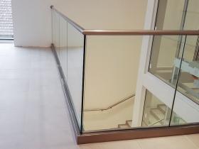 Staklene ograde Elegant - nasadni sistem C50 - H&M Subotica