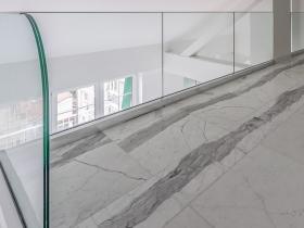 Staklene ograde Elegant - nasadni sistem C50 - stan u Beogradu