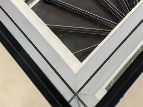 Staklene ograde Elegant - stranični sistem FX50 - A-Cosmetics Podgorica
