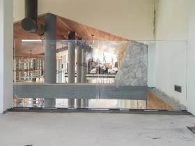 Staklene ograde Elegant - stranični sistem D50 - Hotel Ramonda Rtanj