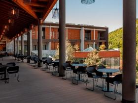 Staklene ograde Elegant - nasadni sistem C50 - Hotel Ramonda Rtanj