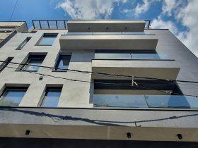 Staklene ograde Elegant - Nasadni sistem N50 na stambenom objektu u Beogradu na Vračaru